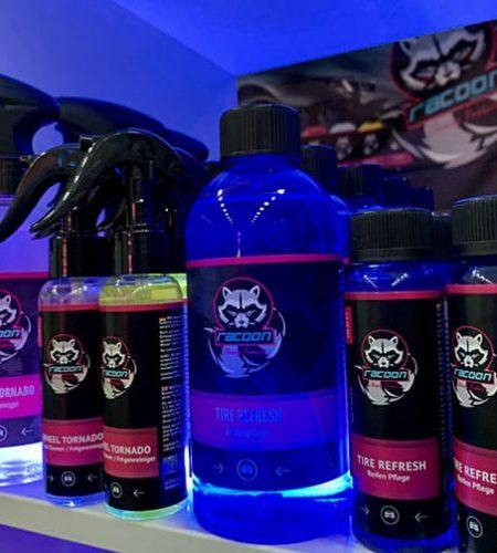 podsvícené produkty Racoon Na autosalonu v Nitře